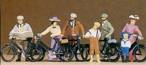 PR12129 Standing Cyclists 1900s Colour variation B